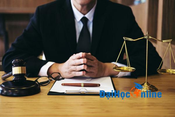 Đại học Luật gồm những ngành nào 3