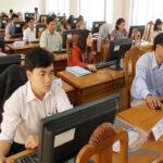 Giải đáp băn khoăn bằng đại học từ xa có được thi công chức?