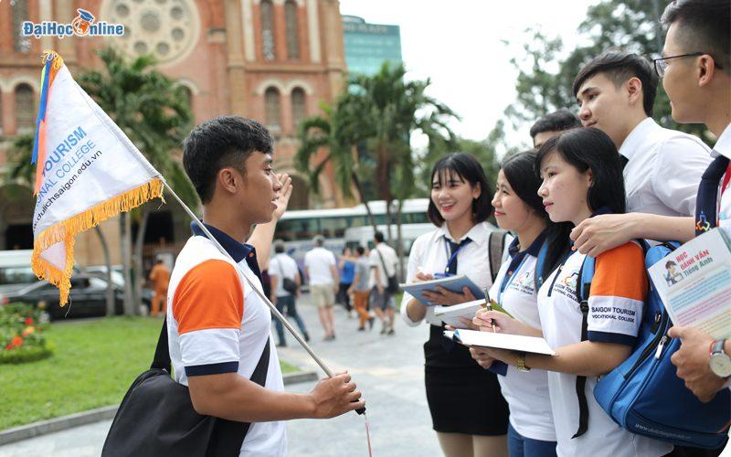 Đại học từ xa ngành du lịch ra trường làm gì