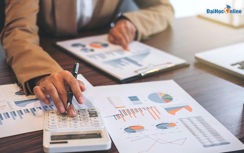 Học quản trị kinh doanh từ xa