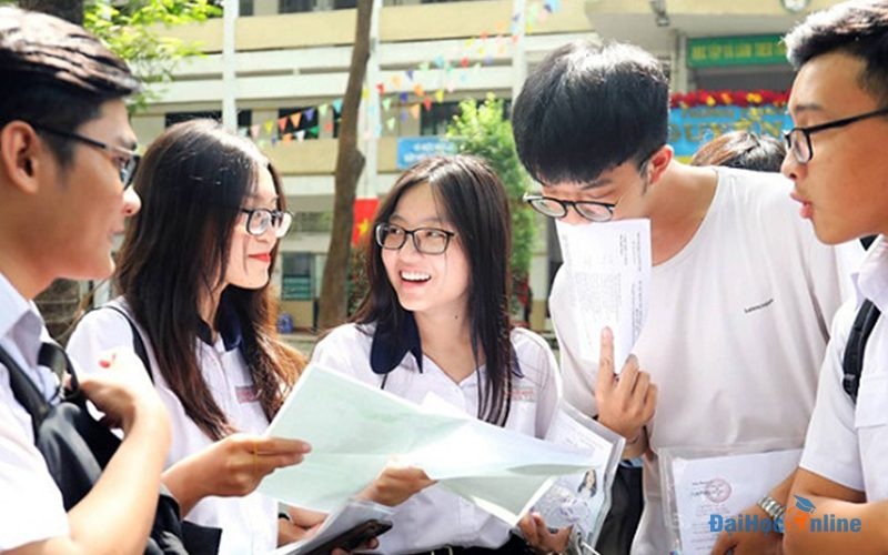 Lien Thong Tu Trung Cap Len Dai Hoc Can Nhung Gi