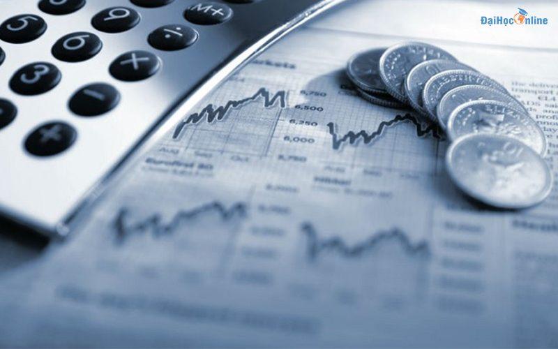 Hoc tài chính ngân hàng ra trường làm gì?