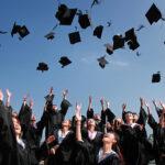 HỎI & ĐÁP: Sinh viên ra trường làm trái ngành gặp những thuận lợi và khó khăn gì ?