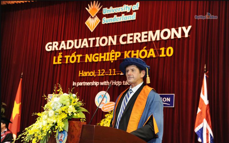 Lễ tốt nghiệp khóa 10 - Chương trình Cử nhân Quốc tế IBD ngành Quản trị Kinh doanh Đại học Kinh tế quốc dân