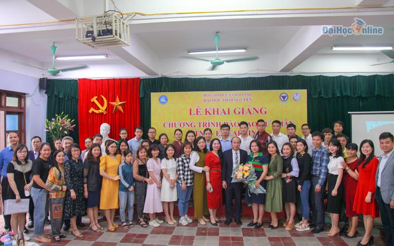 Lễ khai giảng chương trình đào tạo cử nhân trực tuyến đại học thái nguyên 18-04-2021